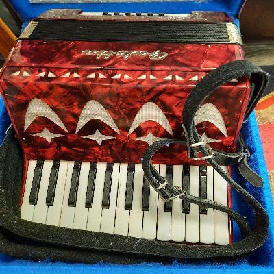 Galotta 8 Bass Accordion